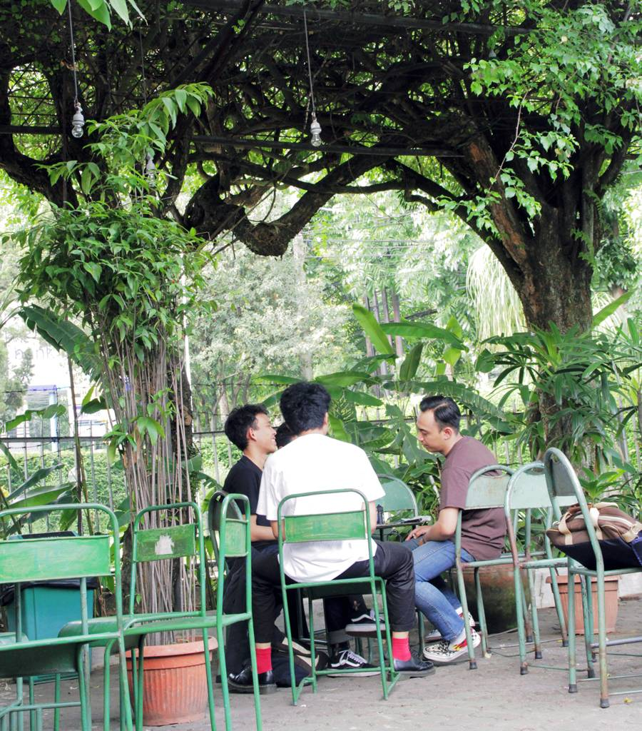 Desain Cafe Klasik, Kamar Tujuh Koffie - Kelana Nusantara